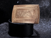 Кожаный ремень Золотой орнамент