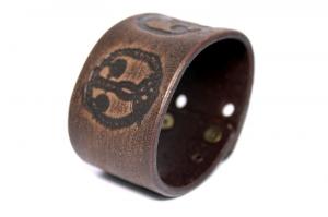 Авторский браслет из кожи Аура